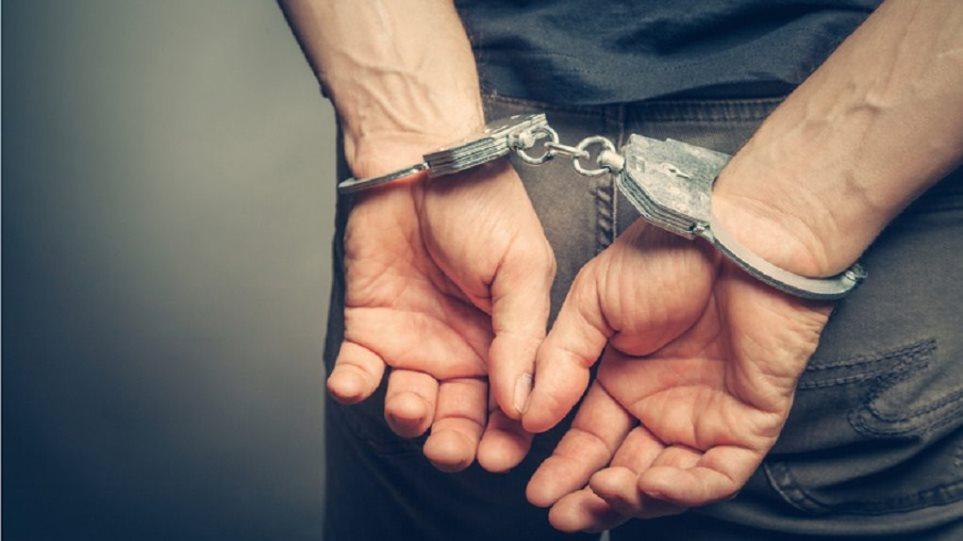 Επ' αυτοφώρω σύλληψη 38χρονου αλλοδαπού για απόπειρα κλοπής από αποθήκη σε περιοχή της Καστοριάς