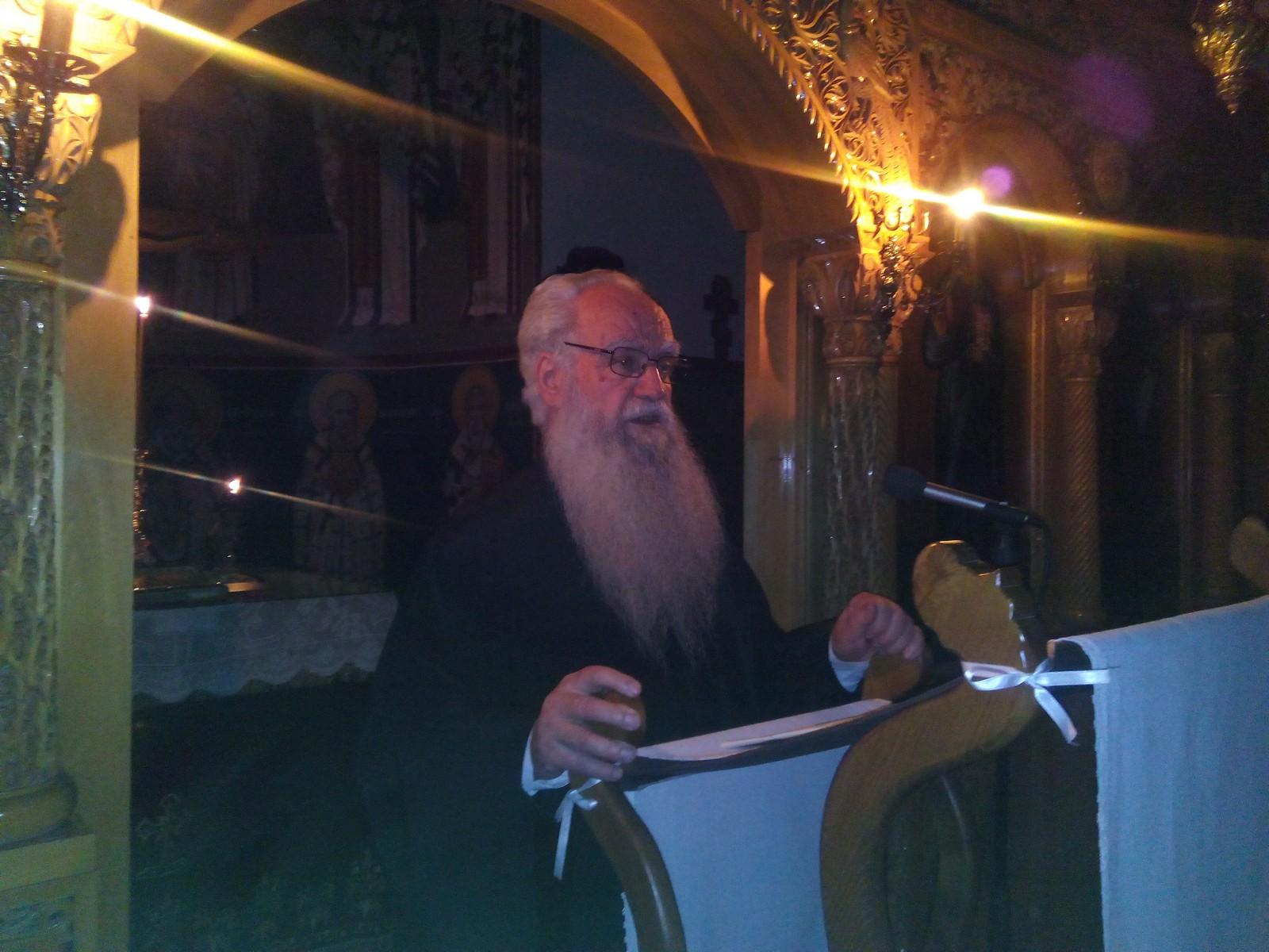 Ο πατήρ Θεόδωρος Ζήσης στην Αγία Παρασκευή Εορδαίας στους 4ους χαιρετισμούς
