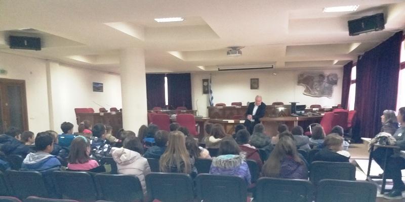 Το Δημαρχείο Εορδαίας επισκέφθηκαν μαθητές του 4ου Δημοτικού Σχολείου Πτολεμαϊδας στα πλαίσια του μαθήματος «Μελέτη Περιβάλλοντος»